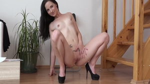Czech girl Anna Rose uncover natural tits