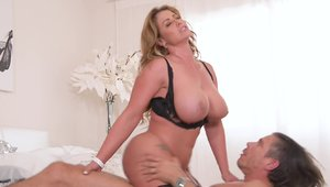 Big ass blonde Eva Notty has a passion for doggy sex