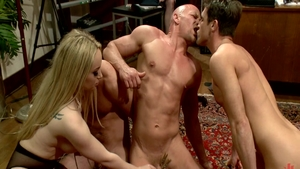 Ramming hard along with big boobs mistress Aiden Starr