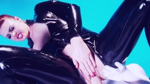 Paige Ashley in latex blowjob