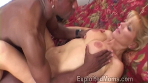 Shaved Nicole Moore cumshot pussy licking