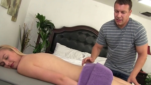 Alexa Grace goes in for cock sucking HD