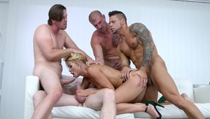 Hottest having fun with big cock Choky Ice