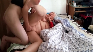 Young asian amateur finds pleasure in sex in HD