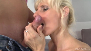 Saggy tits blonde really enjoys fucking hard in HD
