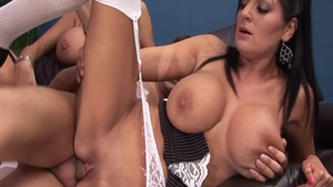 Busty slut Sasha Rose likes the best sex in HD