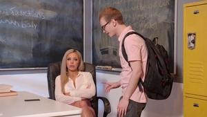 Nina Elle in glasses got her pussy pounded HD