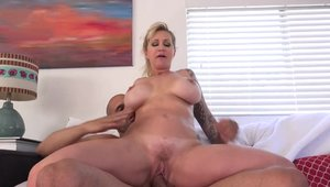 Big ass stepmom Ryan Conner being pounded by Karlo Karrera