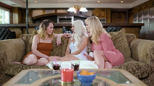 Gorgeous star threesome in HD