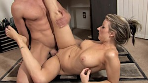 Housewife Carolyn Reese fucking in office