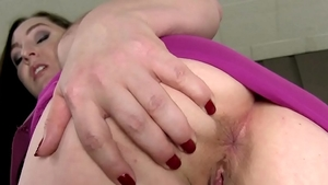 Naughty mature wishes for rough sex
