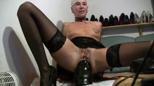 Piercing hottest mature raw pussy fucking HD