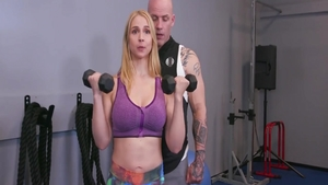 Sarah Vandella pussy fucking in the gym
