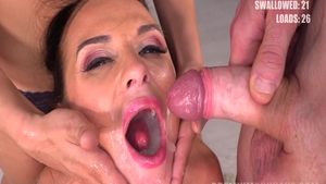 Very hawt and big butt Cristal Caitlin cum in mouth