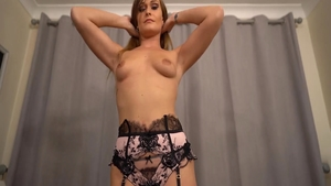 Fetish raw fucking escorted by very sexy babe Honour May