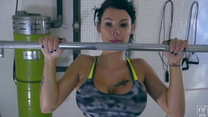 Large tits Peta Jensen workout