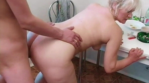 Alternative young russian MILF rough pussy eating HD