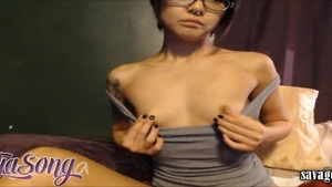 Petite babe squirts