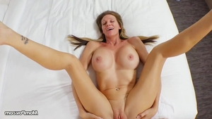 Orgasm in company with stunning amateur