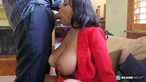Natural BBW Cat Bangles really enjoys the best sex in HD