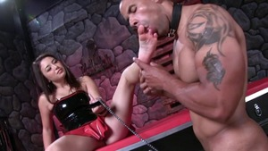 Mistress has a taste for pussy sex