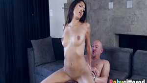 Sex along with big butt latina babe Chloe Amour