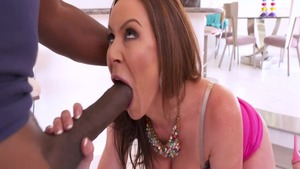 Lustful pornstar mandingo Kendra Lust raw doggy sex