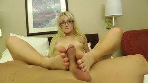 Teen chick Zoey Paige wishes for sloppy fucking